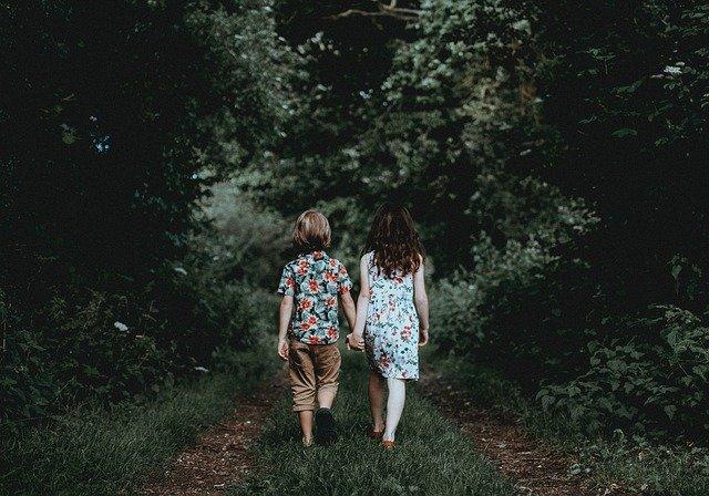 """NETFLIX ドキュメンタリー """"Athlete A"""" -子どもを性暴力から守る10の方法"""